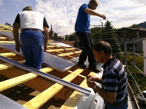 nun gehts ans eingemachte solareal ag. Black Bedroom Furniture Sets. Home Design Ideas